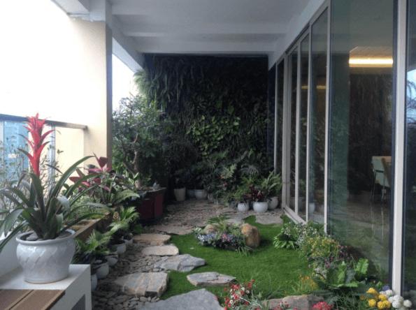 Logia làm khu vườn